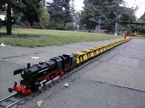 world record longest pulled lego train 126 cars youtube. Black Bedroom Furniture Sets. Home Design Ideas