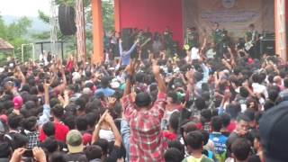 Video konser tipe-x di sman 1 lengkong download MP3, 3GP, MP4, WEBM, AVI, FLV Februari 2018