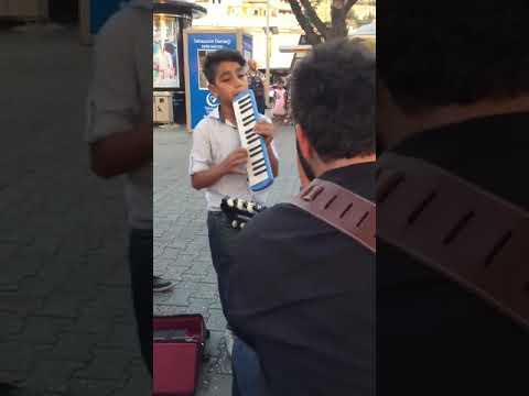 Sokak müzisyenleri - Alnıma  yazdı kader