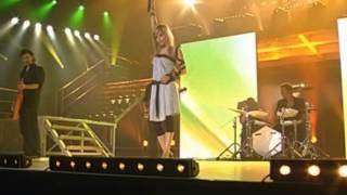 """Najoua Belyzel - """"Gabriel"""" & """"Comme Toi"""" La Nuit Des Stars (16 09 2006)"""
