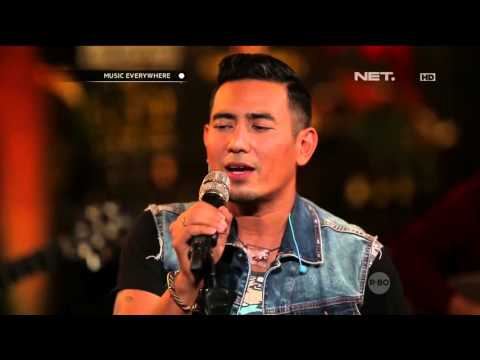 Rio Febrian - Berdua (Live at Music Everywhere) *