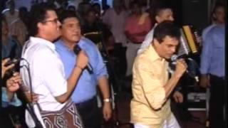 CARLOS VIVES, GUSTAVO GUTIERREZ Y PONCHO ZULETA - CONFIDENCIA
