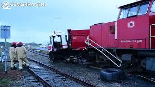 Aanrijding tussen goederentrein en vrachtwagen op de Oosterhorn in Farmsum