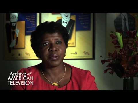 Gwen Ifill discusses advice to an aspiring journalist - EMMYTVLEGENDS.ORG