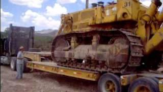 Cargando un bulldozer Fiat Allis HD31. Loading a HD31 dozer