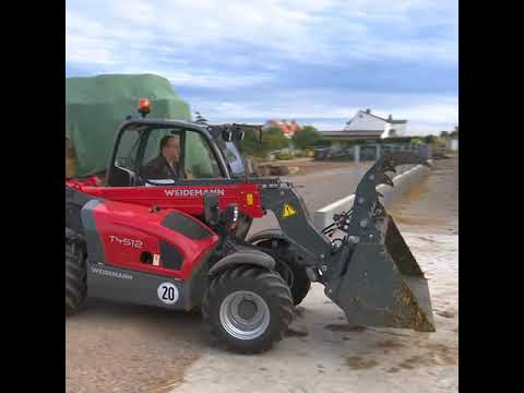 Weidemann T4512 at Work