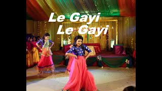 Le Gayi   Dil To Pagal Hai   Holud Dance Performance by Cousin Sisters