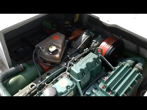 """Первый запуск дизельного двигателя """"Volvo Penta AD31L"""" катера """"Nissan PS-730"""" после зимней стоянки."""