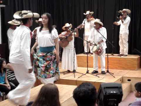 """Tierra Caliente. """"El Guerrerense"""", (autor Filiberto Salmerón Apolinar), con el Grupo Los Salmerón"""