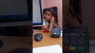 Девочка в магазине Ремонт компьютеров в Нижнем Тагиле