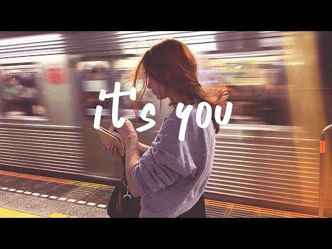 ali-gatie---it's-you-(lyric-video)