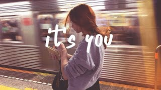 Gambar cover Ali Gatie - It's You (Lyric Video)