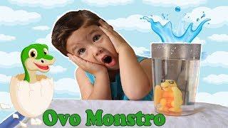 EXPERIÊNCIA com OVO de DINOSSAURO MONSTRO de brinquedo