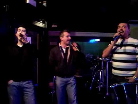 Andy, Christian e Andrea cantano Lentamente - karaoke Monza