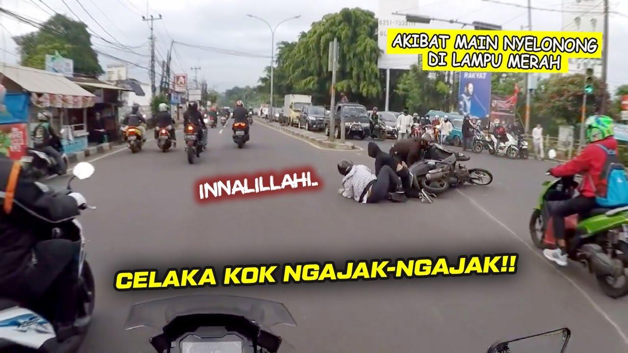 Karma Akibat Terobos Lampu Merah - Keributan Angkot vs Angkot - W175 NightRide Crash || RH#124