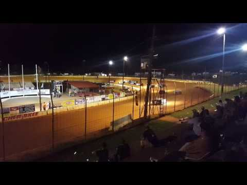 Crate race at Cherokee Speedway 6/18/16