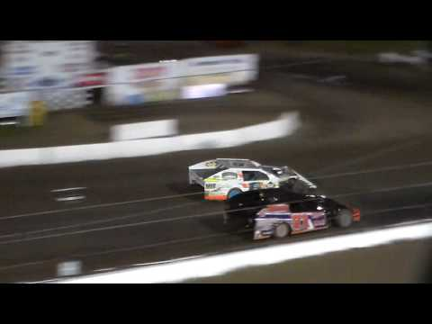 Modified Non Qualifier 1 @ Farley Speedway 05/13/17