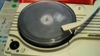 八木良太「VINYL」(2006)演奏の巻 その1