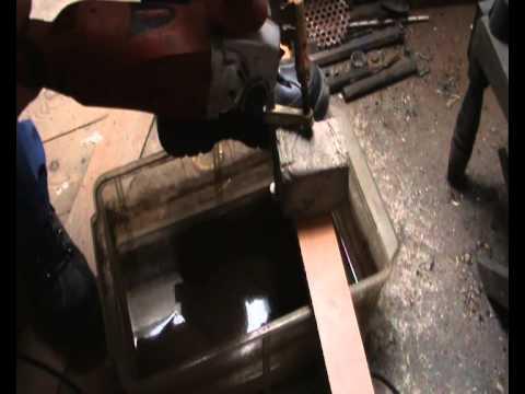 Como cortar con amoladora o radial cemento azulejos - Como cortar marmol encimera ...
