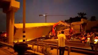 קריסת גשר רמת אלחנן בכביש ארבע