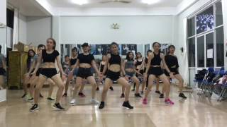 change huyna dance cover by 2d club