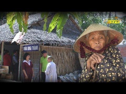 Phát Quà Dân Nghèo Tại Chùa Nghèo Vĩnh Long