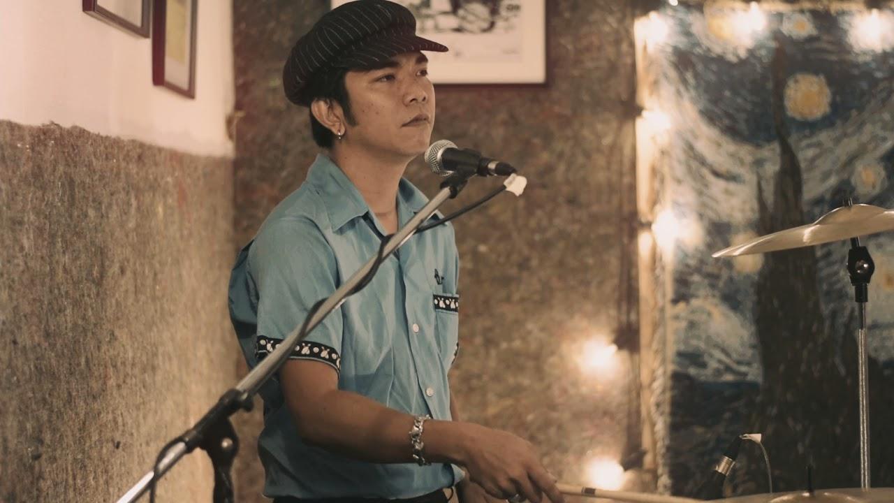 มนต์รักร็อคแอนด์โรล์ - Southern Boys (Thai Rockabilly)  LIVE @HIGH HOW cafe 