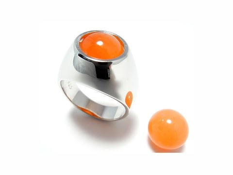 A 'changeable' ring for boys and girls!   video by