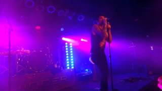 Hinder Live In Minnesota - Better Than Me