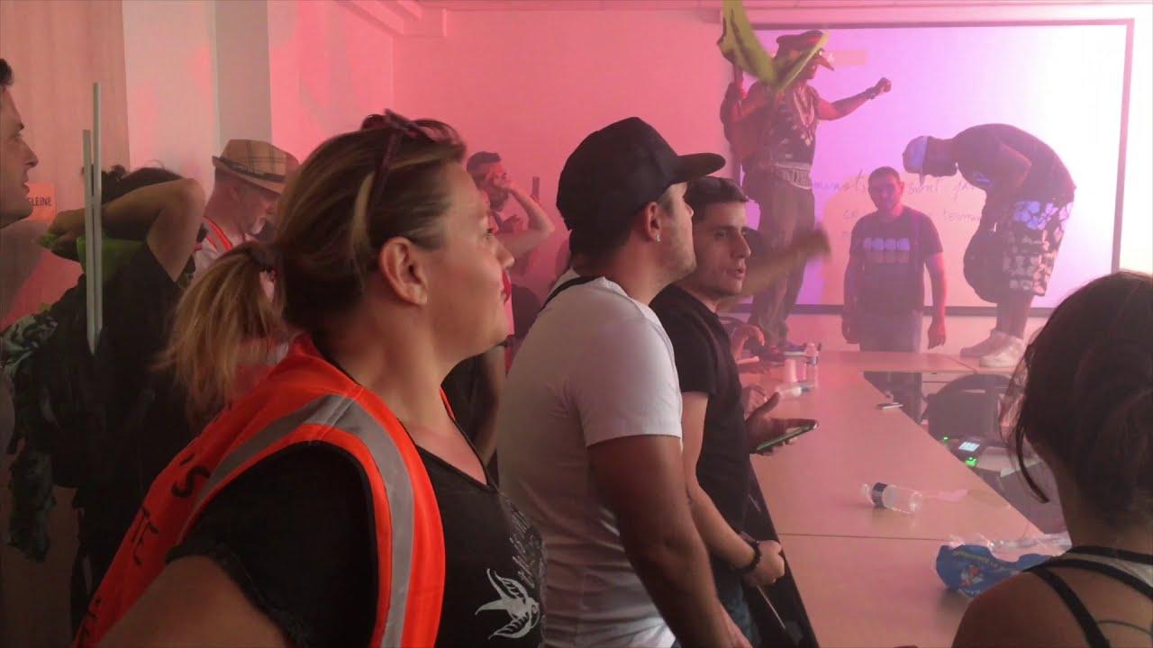 Les cheminots envahissent l'Union des Transports Publics (27 juin 2018, Paris)