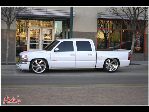 Dropped trucks are making a comeback! 2006 GMC Crewcab ...