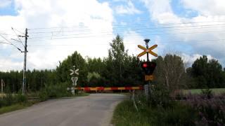 Video Pendolino S 7 passed Kinnarniemi (Km 0399+0468) level crossing in Parikkala, Finland download MP3, 3GP, MP4, WEBM, AVI, FLV Agustus 2018