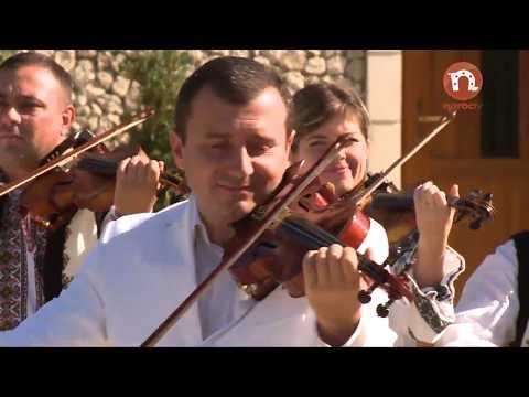 Orchestra fratilor Advahov - În gara la Leordeni