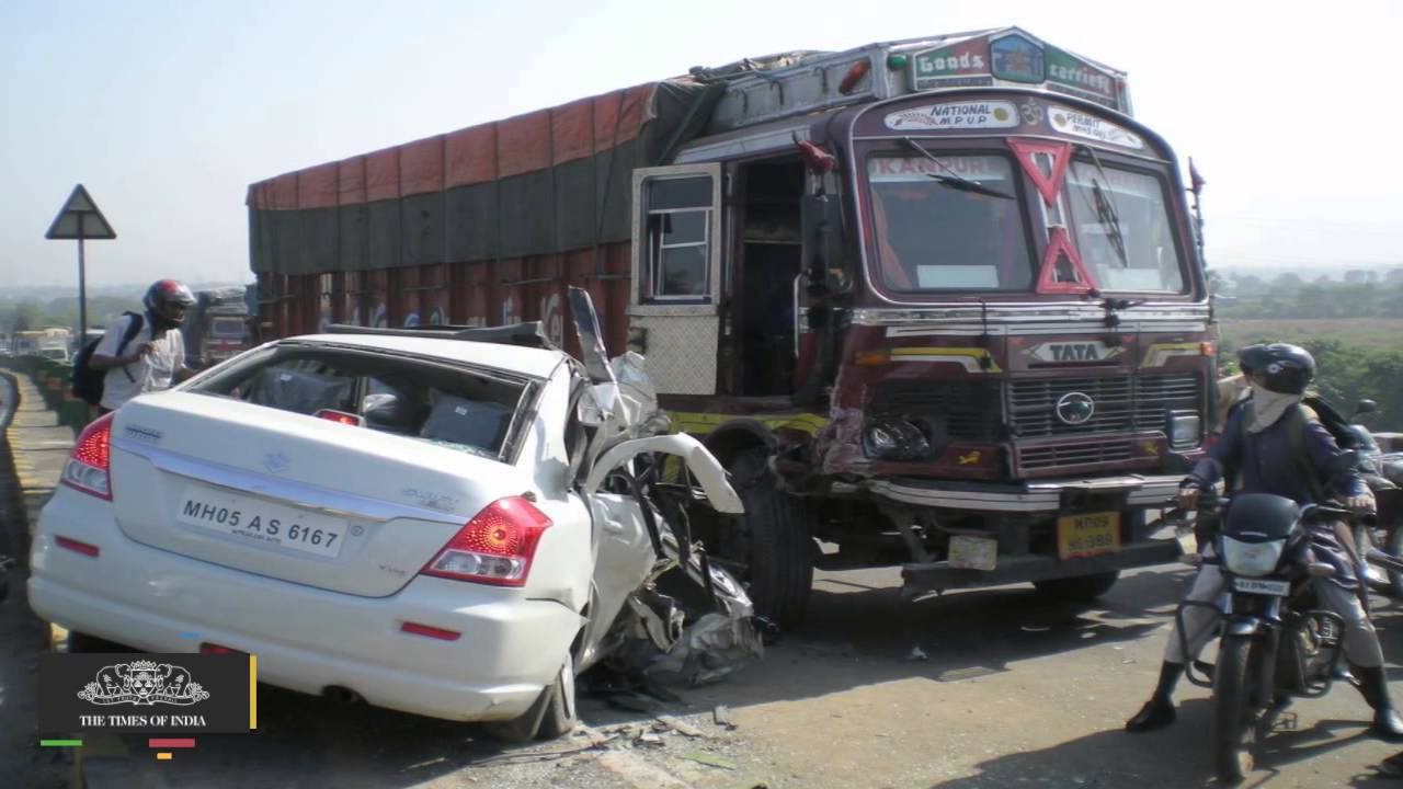 13 Dead, 10 Injured in Road Accident in Andhra Pradesh