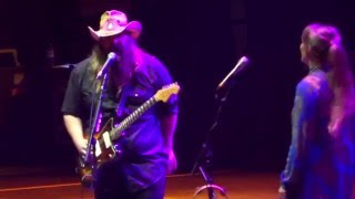 C2C 2016 o2 Arena LONDON- Chris Stapleton with Tennessee Whiskey 13 March