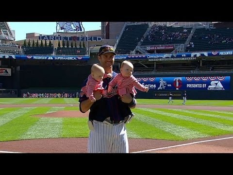 Joe Mauer accepts Silver Slugger Award