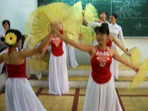 Múa Việt Nam gấm hoa p3