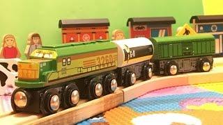 Imaginarium Express Trains Freight Train 3-Pack in motion  (03770)
