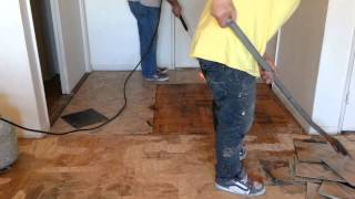 Vinyl Tile Removal by Pro at www.hardwood4us.com