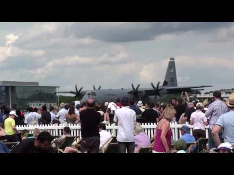Farnborough Airshow ~ C-130J Reversing