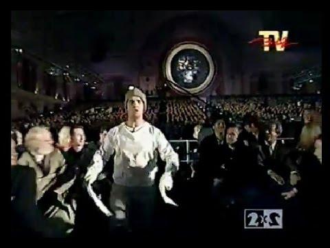 MTV Evropean Music Awards 1996 - presenter shows Robbie Williams (перевод на русский яз. BIZ TV=2x2)
