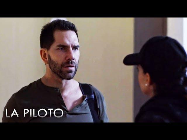 La Piloto 2 | John le confiesa a Yolanda que aún la ama a pesar de su traición