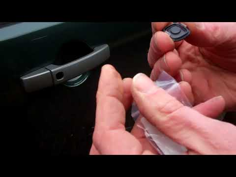How to replace door handle rubber button on Land Rover / Range Rover models