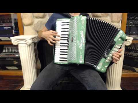 How to Play a 72 Bass Accordion - Lesson 1 - Irish Reel in D Minor - Tamlin / Glasgow Reel