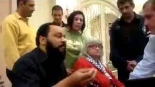 Dieudonné à Tripoli clash journaliste australien