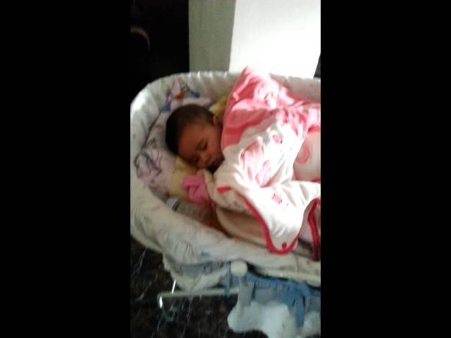 Mi niña ashley durmiendo Videos De Viajes