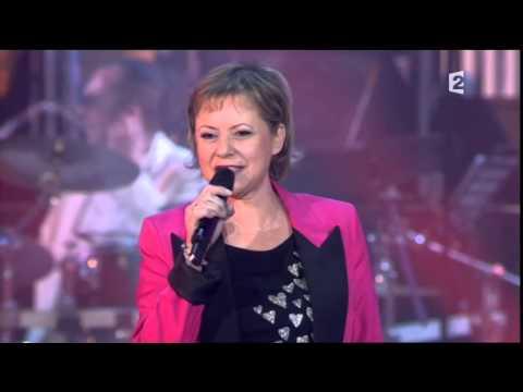Dorothée  medley live 2010 années bonheur