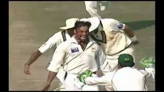 "Shoaib Akhtar ""Slow Death"" 3 Unplayable slow balls"