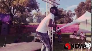 Batondy  - Live on stage Performing To vula milenzhe  uri ndi fasiwe ( Ndi Fasiwe )