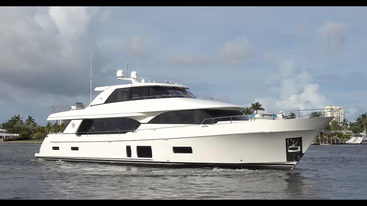 Motor Vessal Amizad: Elegance, Comfort, Space: 2017 Ocean Alexander 100 Motor